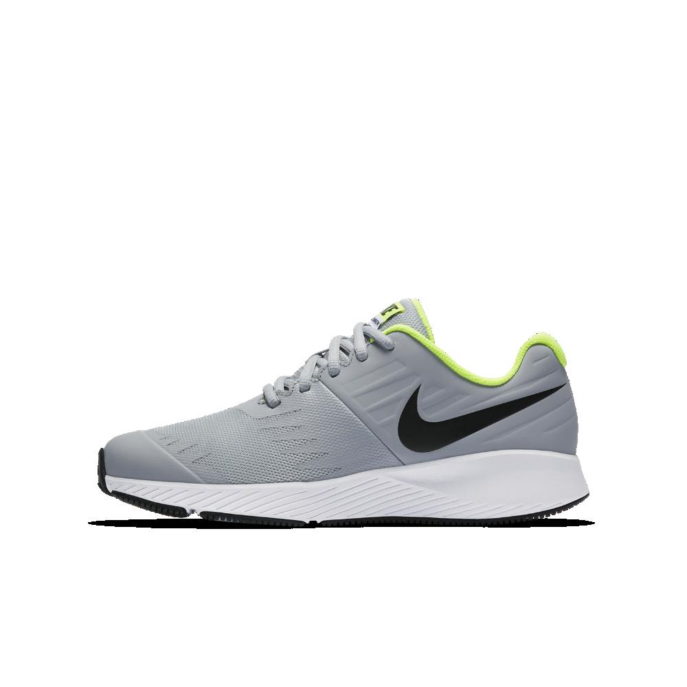 a425055edca4 Nike Star Runner Big Kids  Running Shoe Size 3.5Y (Grey)
