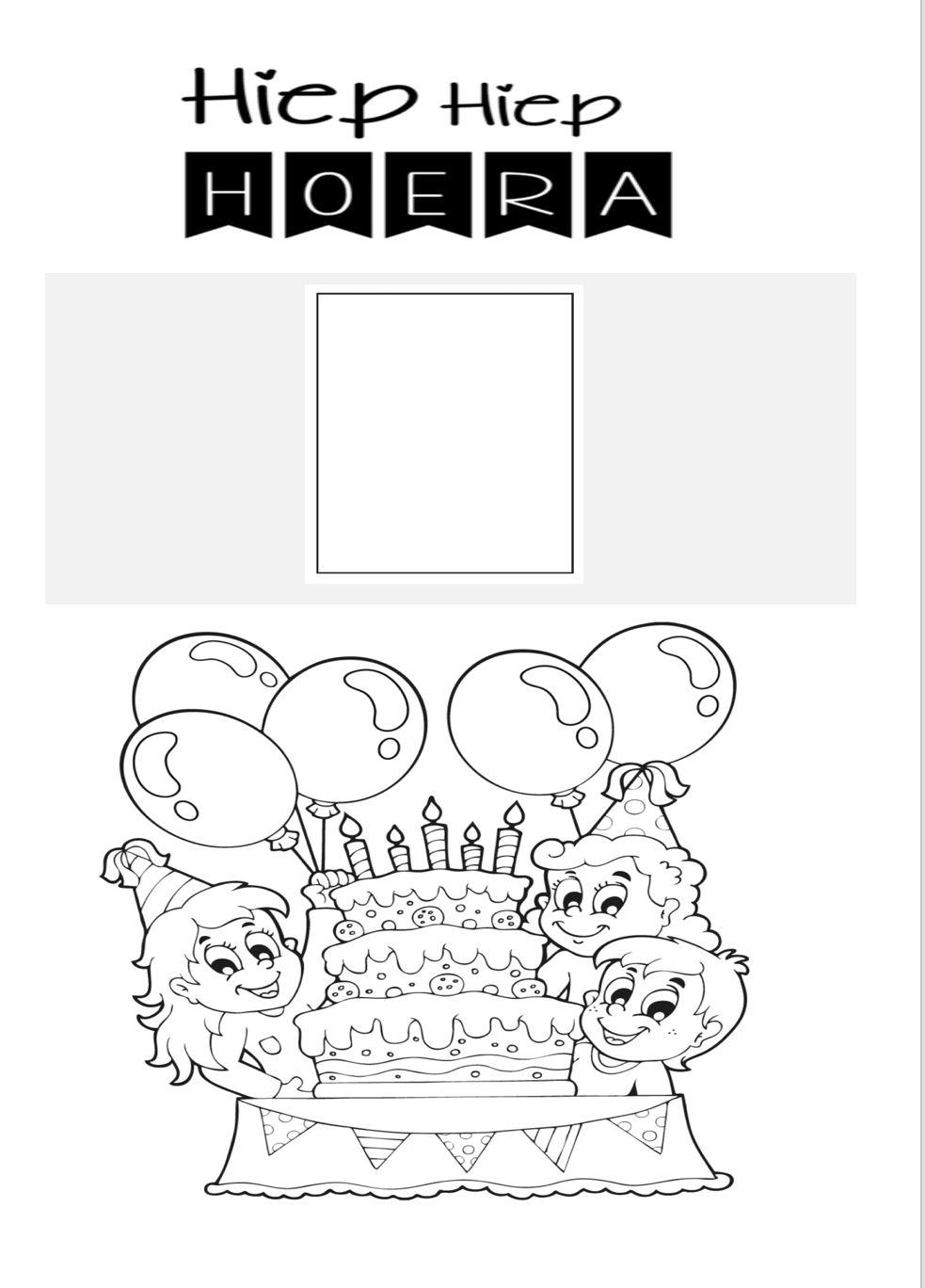 Kleurplaat Om Te Laten Maken Door De Jarige Met Een Vakje Om Een Verjaardagsfoto In Te Plakken Verjaardagsfoto S Kleurplaten Verjaardag