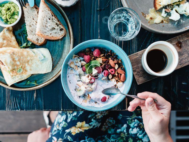 Régime : que faut-il manger le matin pour maigrir