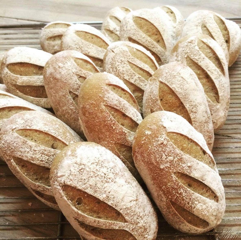 Buy A Loaf Of The Best Bread In Paris Bread Food Paris