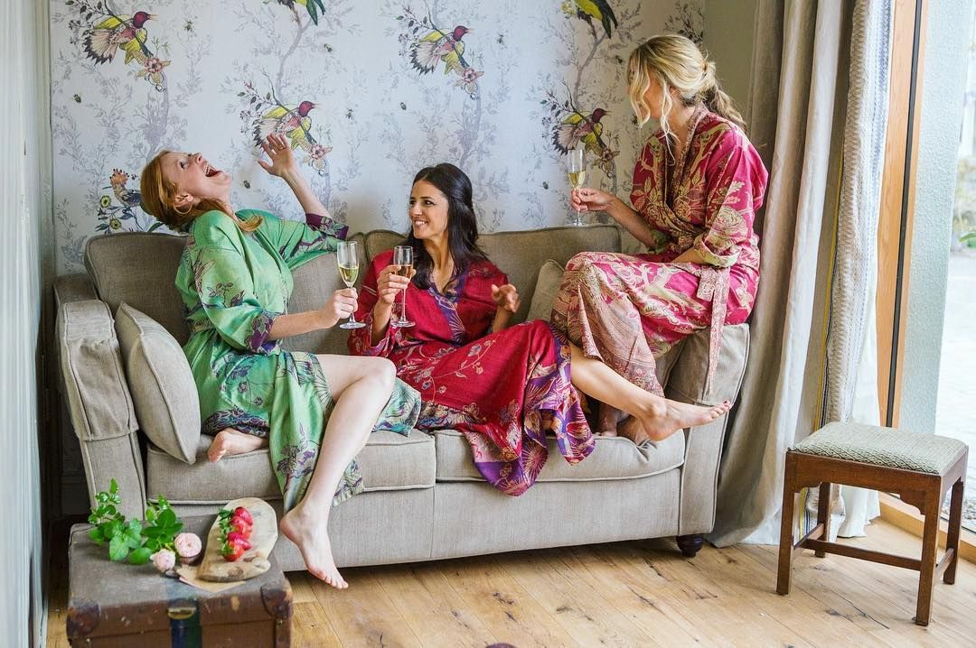 Casual Luxury Party Outfit Bespoke Gift Ideas All Sizes Women/'s Green and Red Cashmere Floral Reversible Kimono Jacket