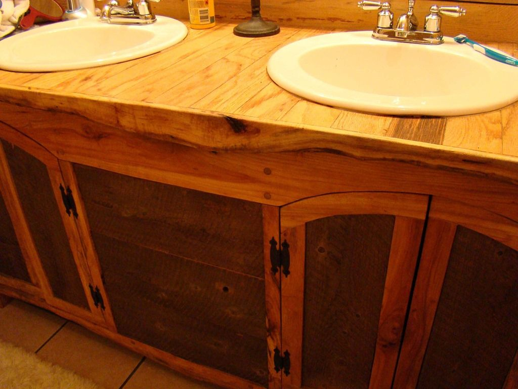 Ruff Sawn Building Bathroom Vanity Built With Rough Cut Sawmill Lumber Projects To Try