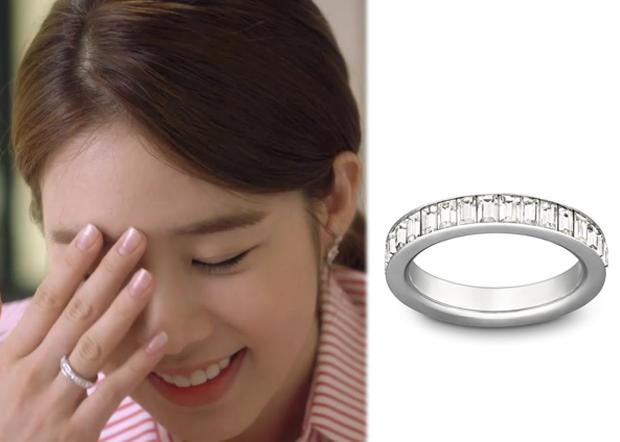 "Yoo In-Na 유인나 in ""My Secret Hotel"" Episode 1.  Swarovski Shades Ring #MySecretHotel 마이 시크릿 호텔 #YooInNa"