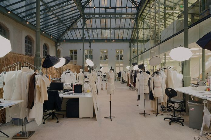 Celine s parisian maison stores branding atelier for Studio interior design brescia