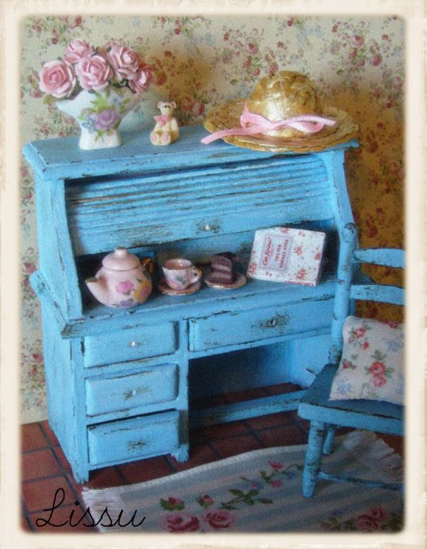 Shabby chic desk and chair dollhouse miniatures shabby - Simply shabby chic bedroom furniture ...