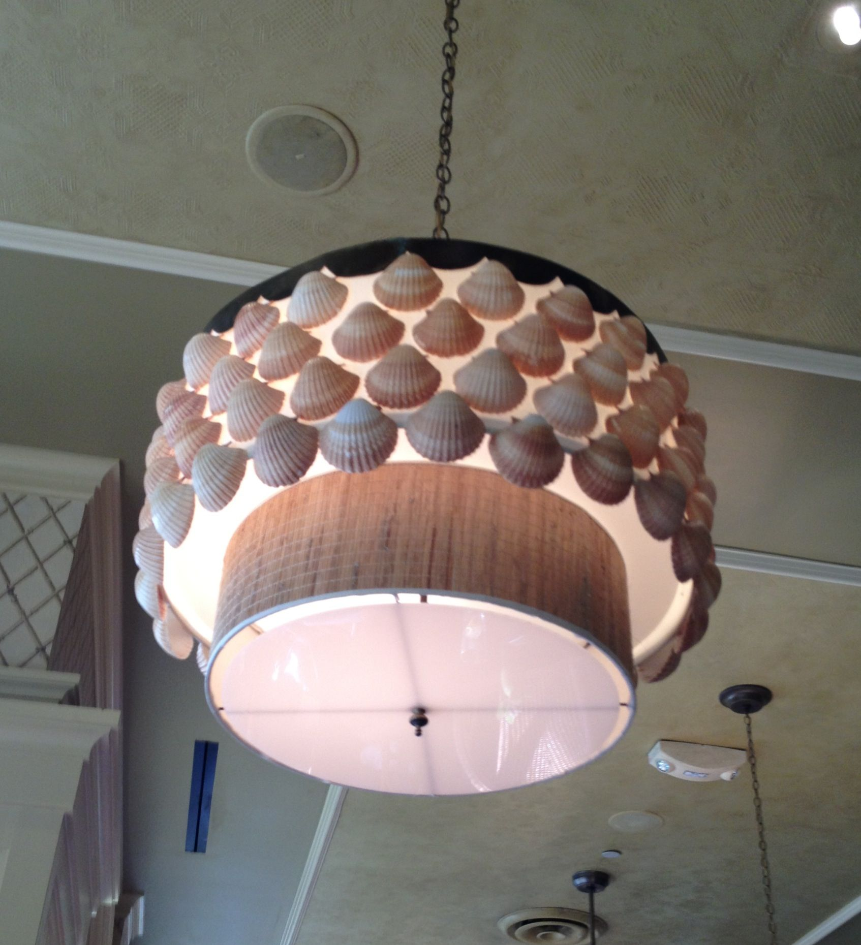 Beachy Chandelier In Tommy Bahama Cafe Love It Beachy