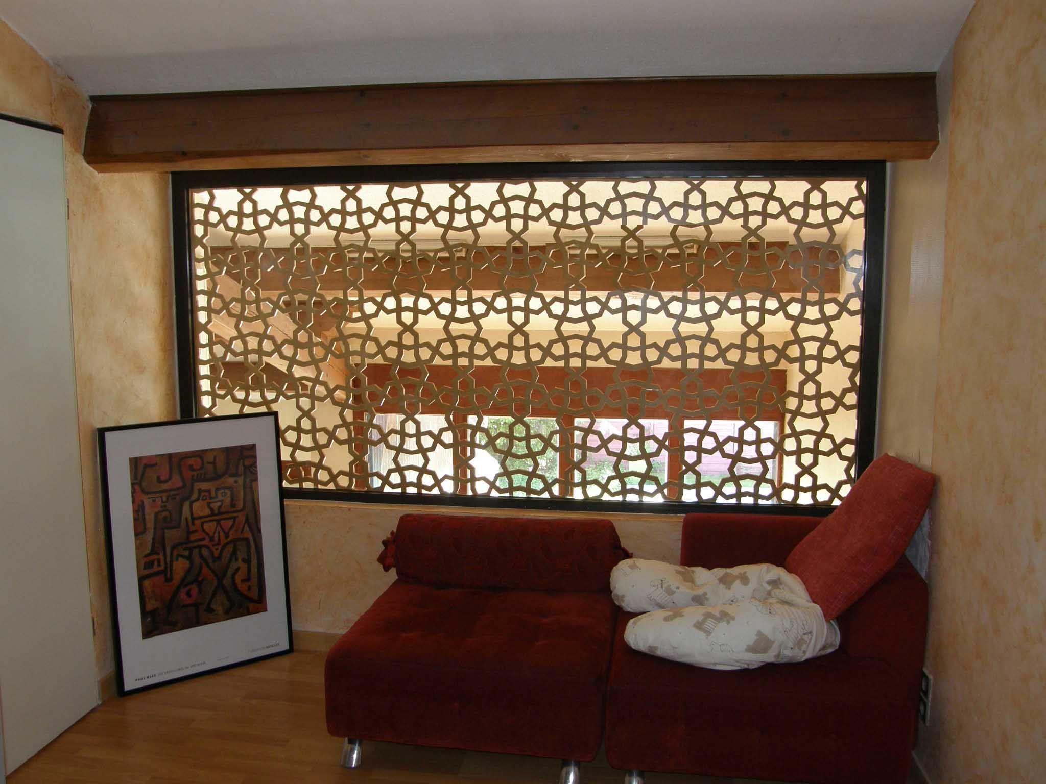 claustra de s parartion d 39 une mezzanine doubl e d 39 une feuille de verre claustra en bois. Black Bedroom Furniture Sets. Home Design Ideas