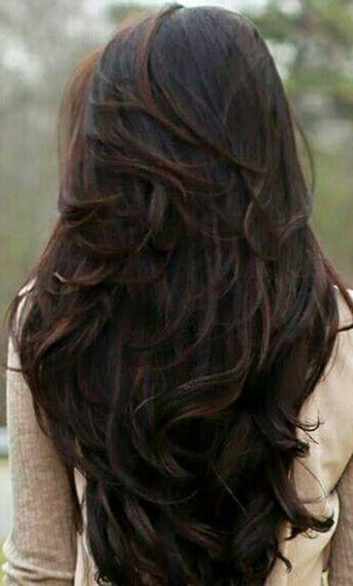 Long Dark Chocolate Brown Wavy Hair With Layers In A V Shape Brown Wavy Hair Long Hair Styles Wavy Layered Hair