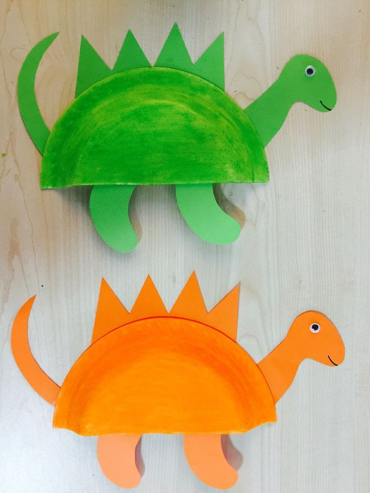 Übungsname mit Wäscheklammern auf den Stacheln ,  #auf #BastelnfürKinder #den #mit #Stacheln ... #dinosaurart