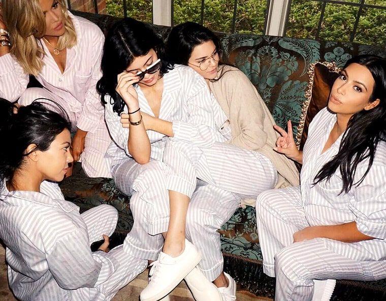 kardashian baby shower pyjamas - Google-søk