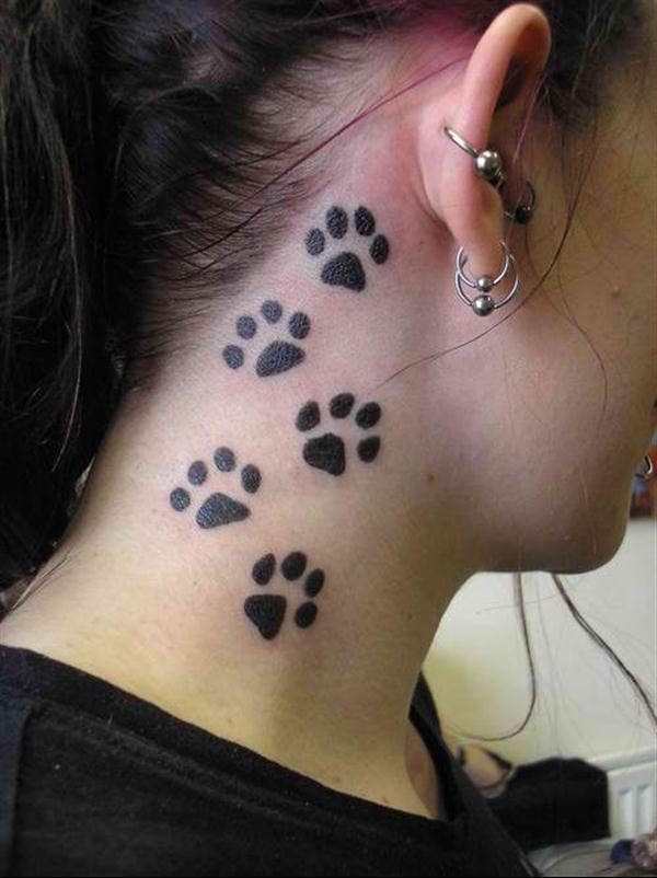 tatouage femme nuque pattes de chien tatouage piercings and