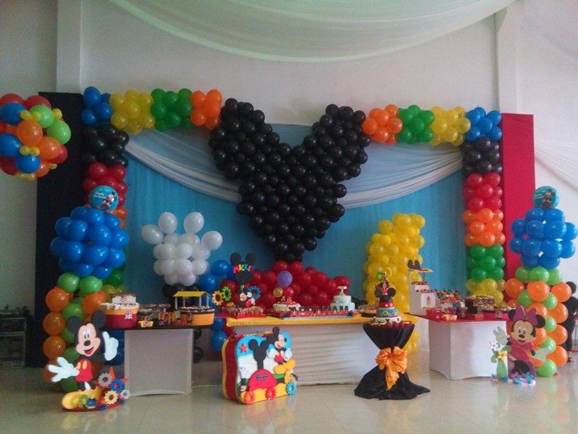 Mural De Globos De La Casa De Mickey Mouse Decoraciones Con Globos