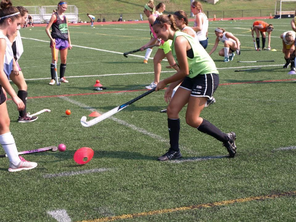 Eastern Field Hockey Camp Reading Pa Eastern Field Hockey Camp Offers Challenging Sessions Where Players Learn Hockey Camp Sports Summer Camp Field Hockey