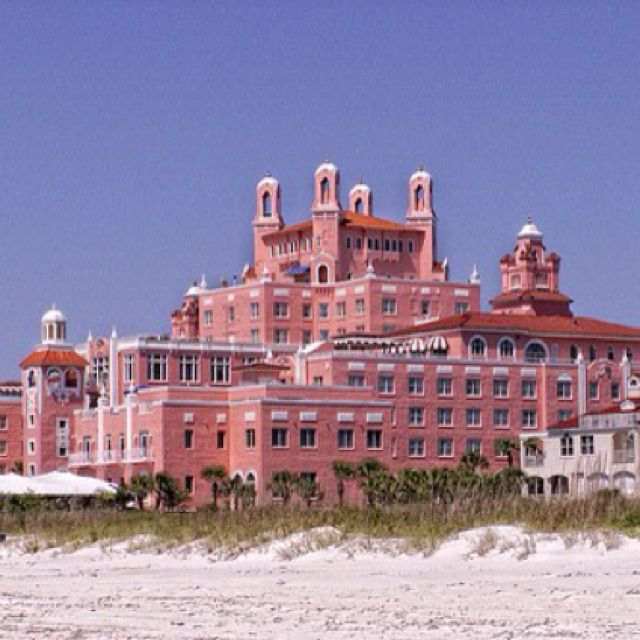 Don Cesar Hotel St Pete Beach Florida We Stayed Just A Few Hotels Down From This Pink Palace