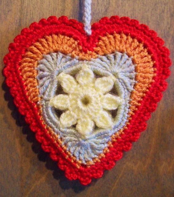 Ravelry: Springtime in my Heart (free) pattern. Just stunning ...