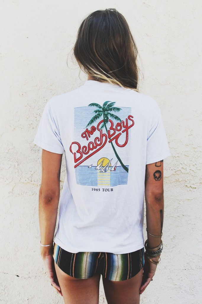 4cd6fb31e96 One of my favorite BEACH BOYS t shirts...and I HAVE it  )