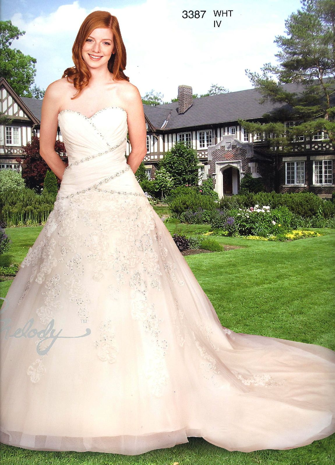 Melody Wedding Gowns with detachable trains<BR>3387<BR>Sweetheart ...