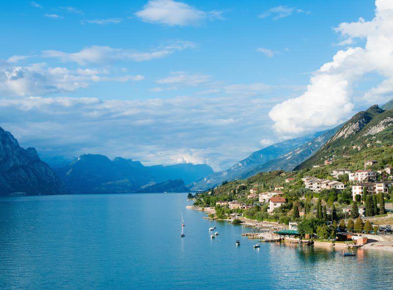 Pin By בליק תיירות On יעדים Lake Garda Lake Lake Garda Italy