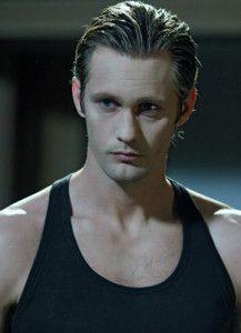 Alexander Skarsgård (Eric Northman, el vampiro malo, en principio:)