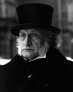 George C. Scott as Ebenezer Scrooge. A Christmas Carol, 1984. | Christmas carol, Christmas tv ...