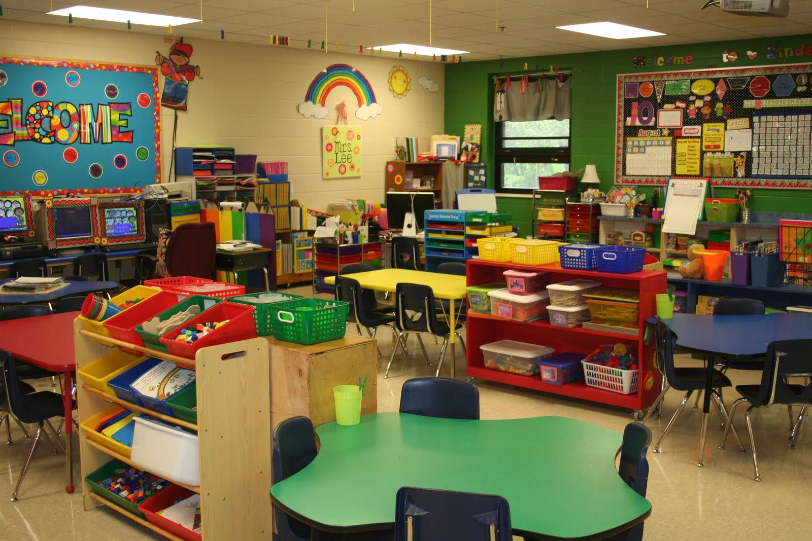 Classroom Organization Ideas For Kindergarten ~ Preschool classroom on pinterest layout