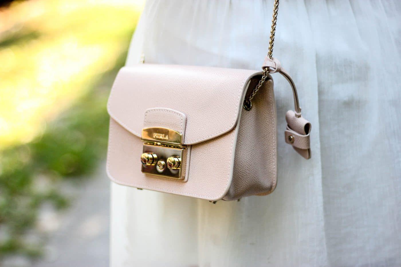 「Metropolis Moonstone Leather Mini Crossbody Bag pink」的圖片搜尋結果