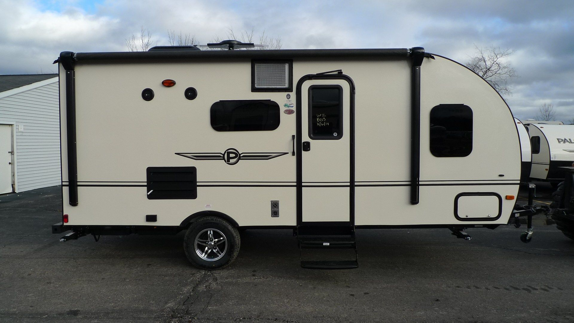 Your New 2015 PaloMini 177BH Travel Trailer is waiting for you at