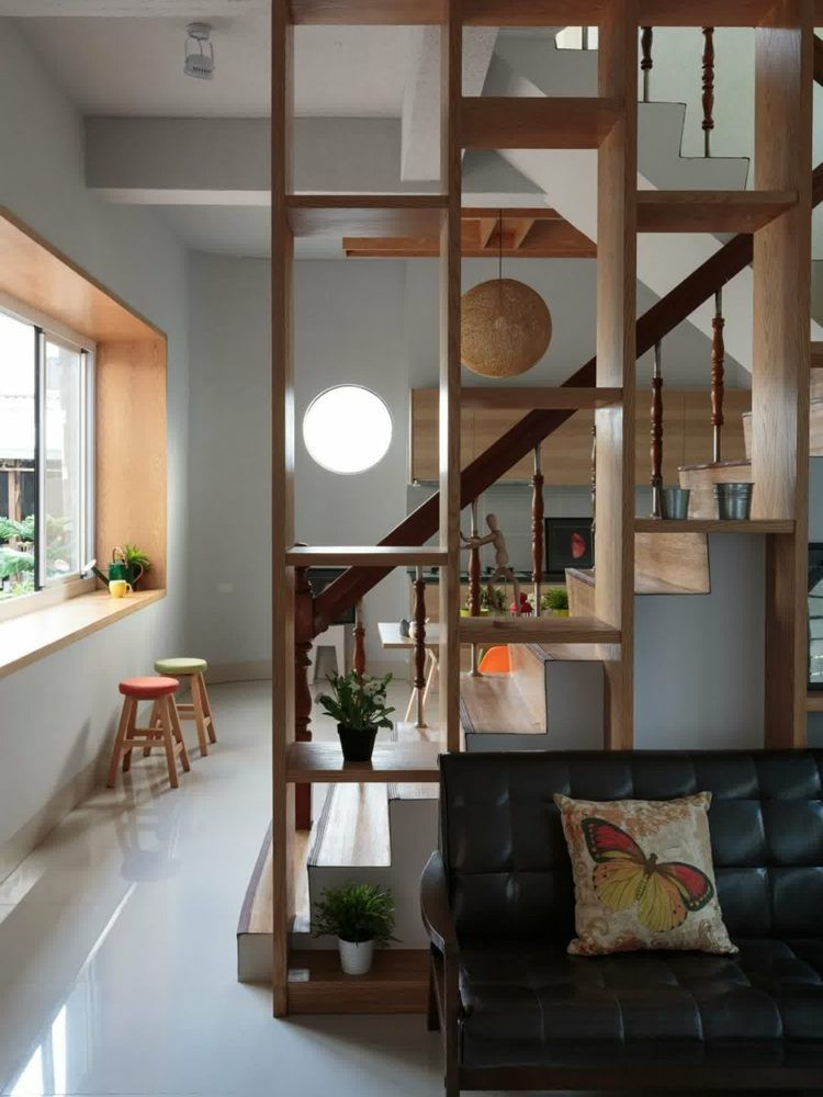 paravent bois et cloison pour diviser les zones de vie avec style escalier pinterest. Black Bedroom Furniture Sets. Home Design Ideas