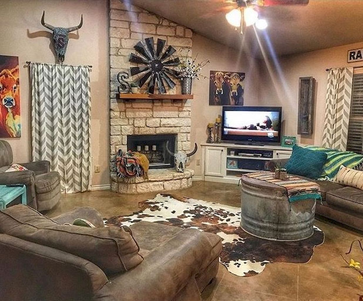 Cool 65 Cozy Farmhouse Living Room Makeover Decor Ideas Https Moodecor Co 1460 65 Cozy Fa Western Living Room Decor Farm House Living Room Western Home Decor