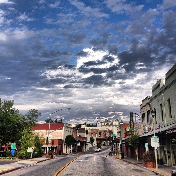 Top Tourist Attractions In Highlands Ranch Co: Downtown Grass Valley In The Morning...