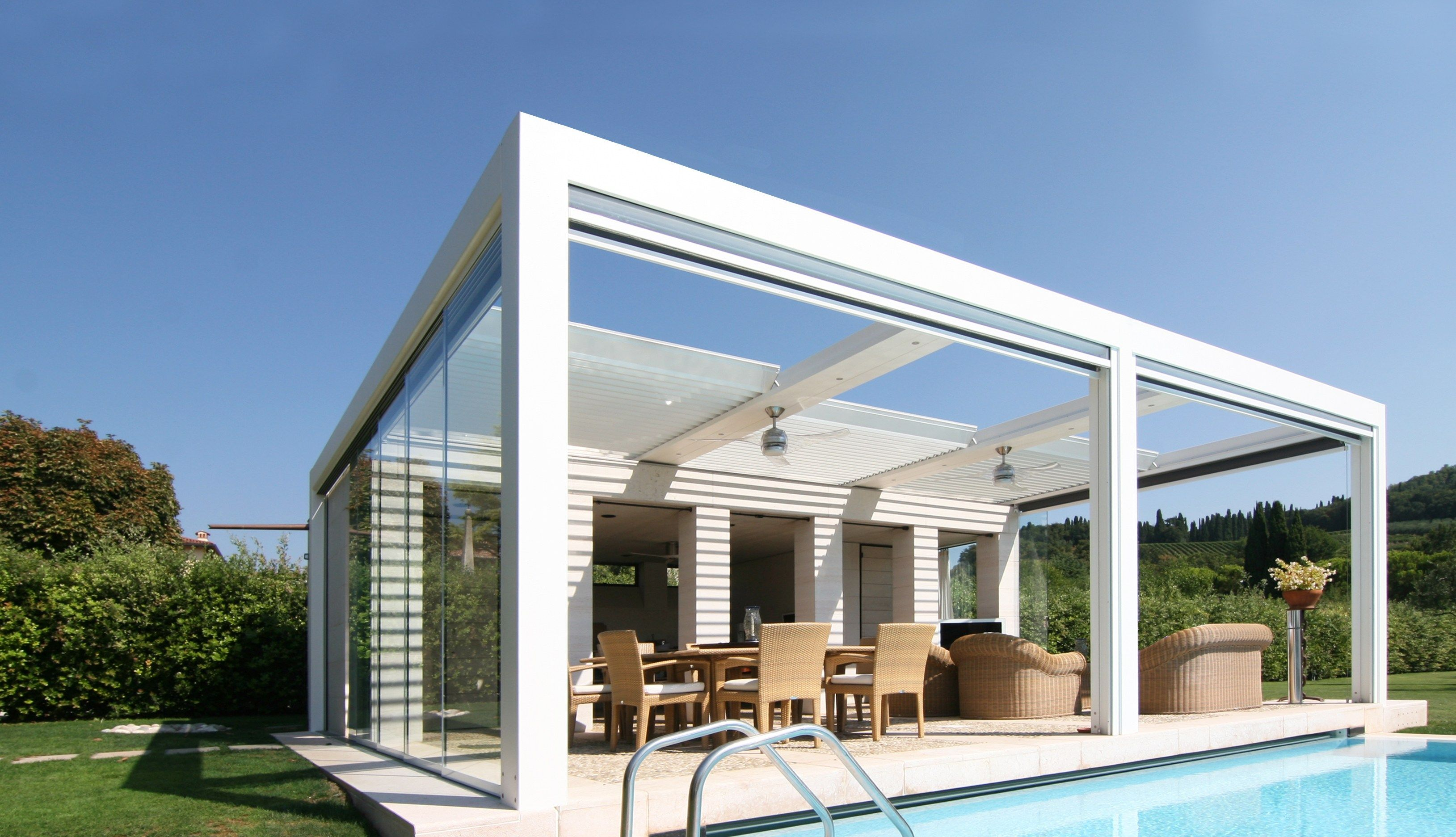 Gazebo Con Lamelle Orientabili pin su case con piscina