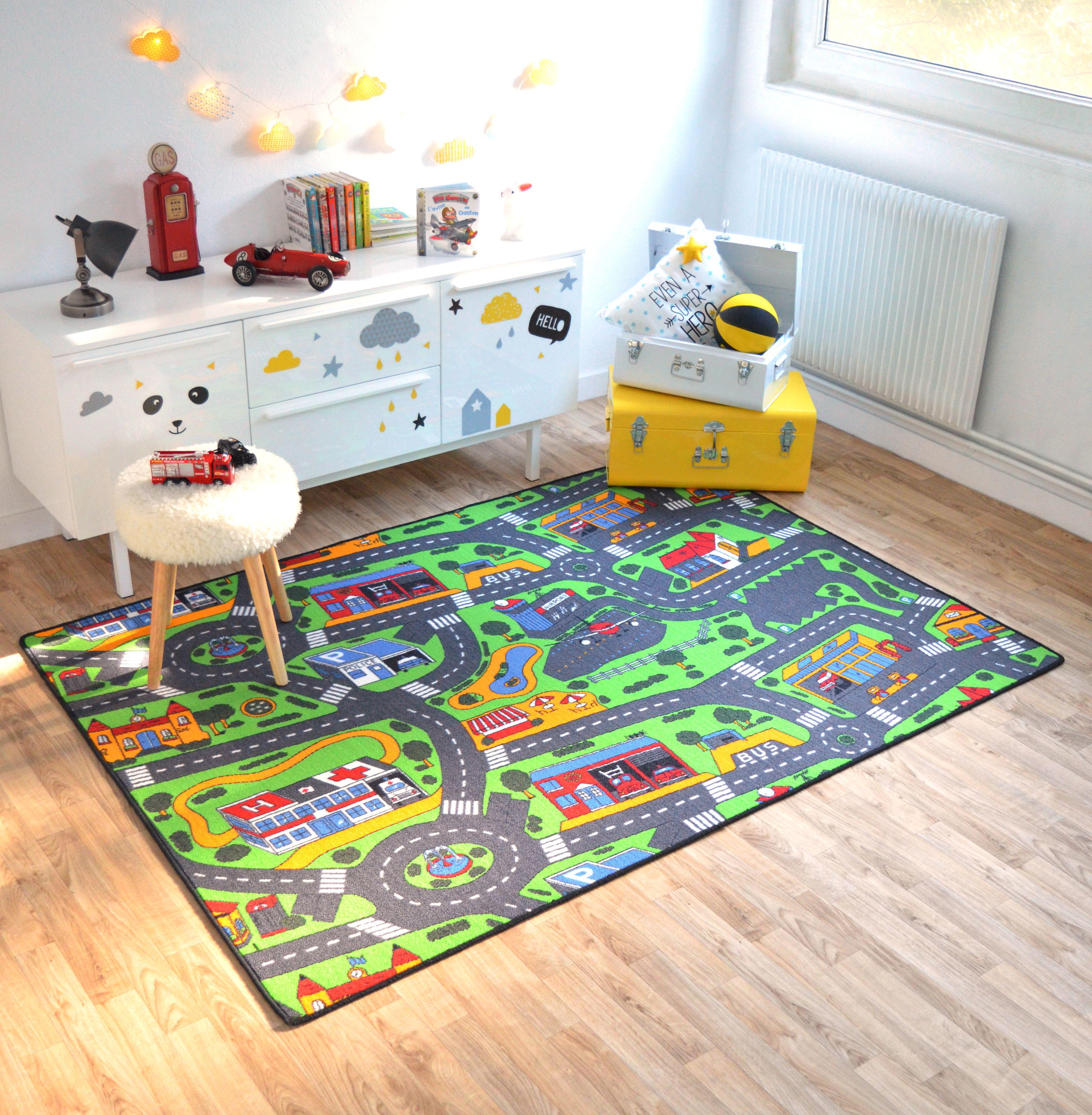 un tapis pour jouer les pompiers ou les policiers en herbe. Black Bedroom Furniture Sets. Home Design Ideas