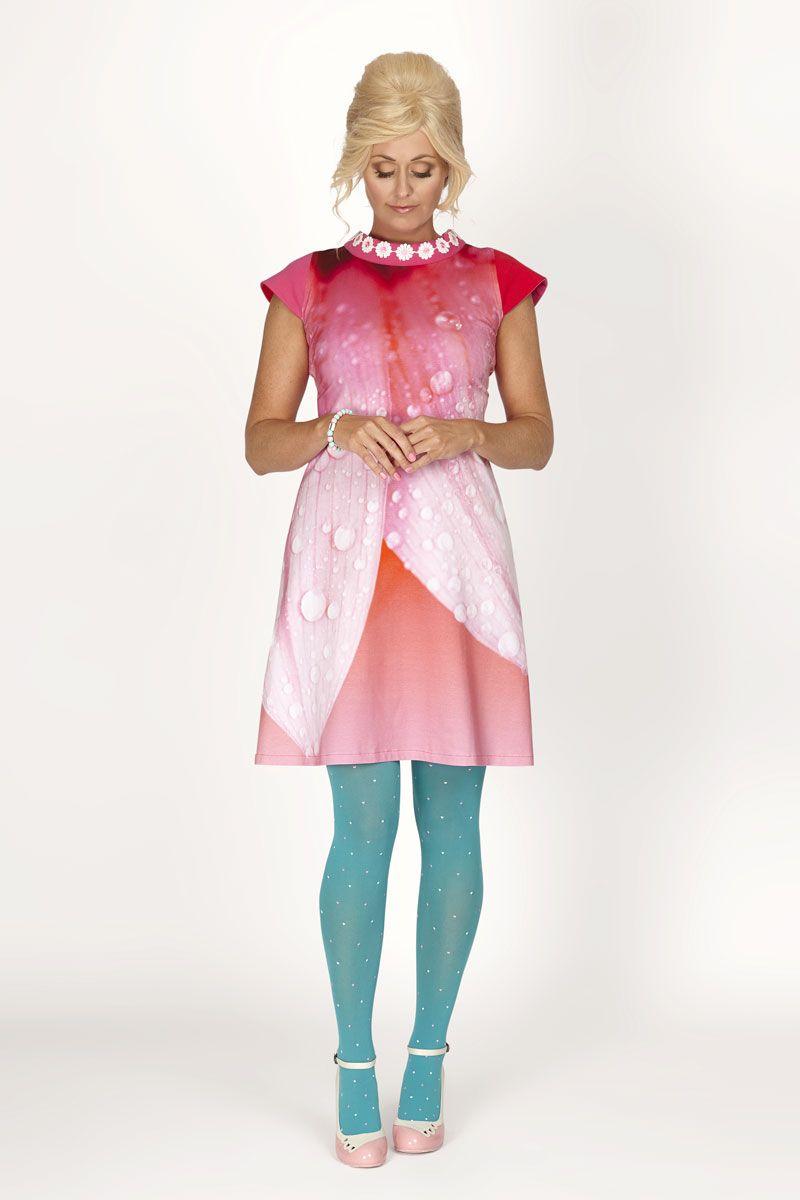 707a3e802 Uma Upsadaisy fra danske Margot Mikkelsen. Lekker kjole med ...