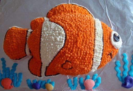 Creating and Decorating a Finding Nemo Birthday Cake Hudsons
