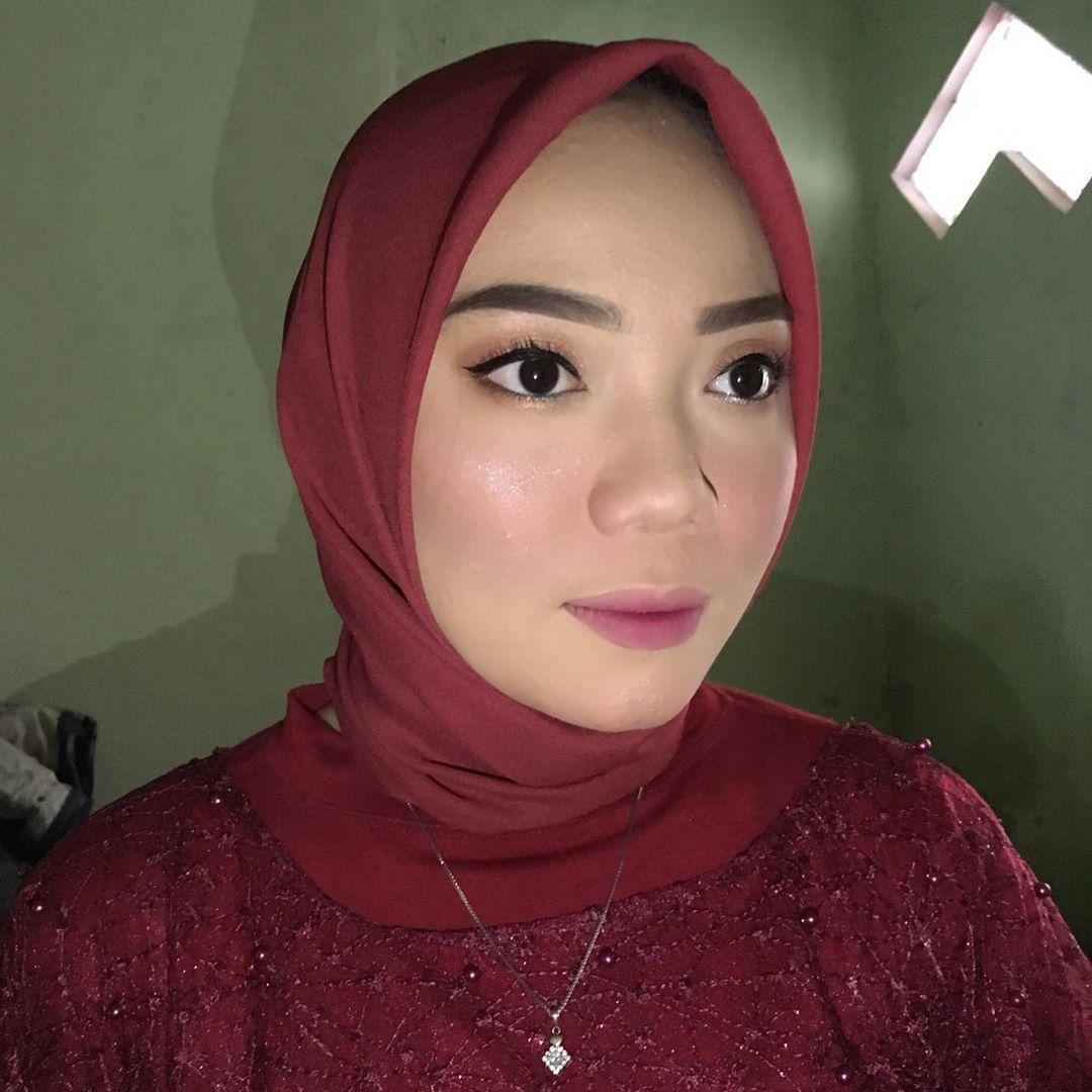 Make Up Alis Mata Natural