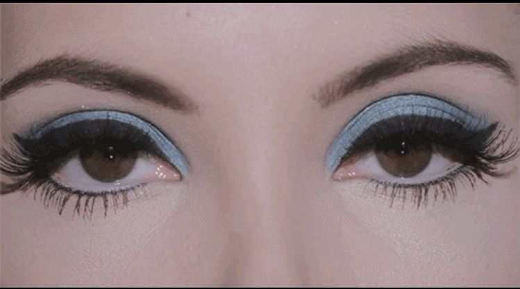 The Love Witch 60s Blue Eyeshadow With Images 70s Makeup
