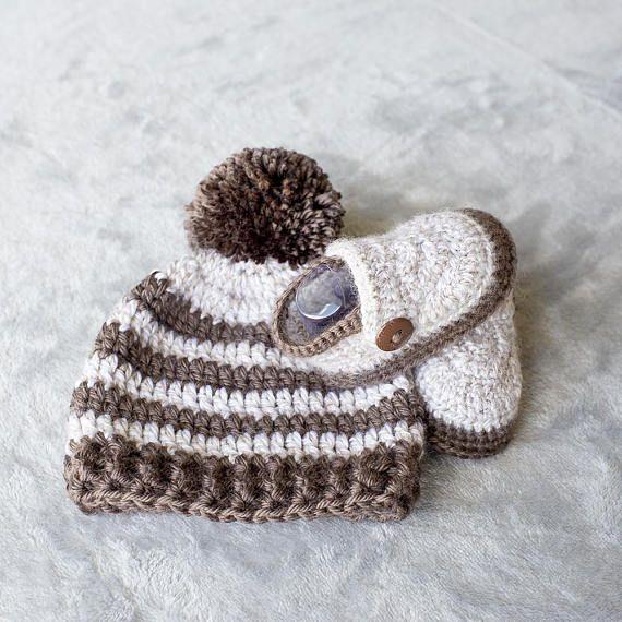 Baby Boy Set Crochet Baby Boy Hat and Booties Set Pom-pom