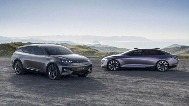 Byton M Byte Concept Embodying A New Smartness Electric Cars Car Sedan