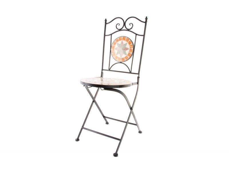 sillas para #jardin de hierro colado con decoracion de #mandalas ...