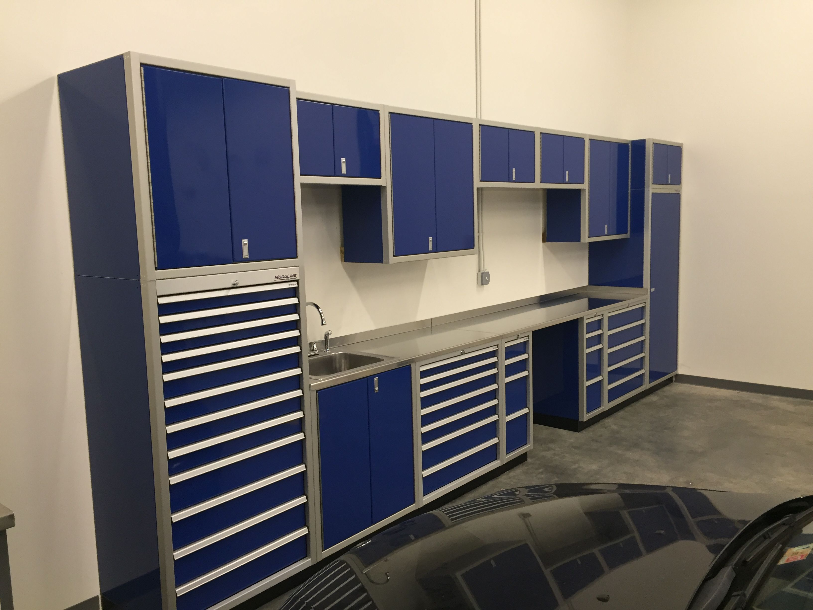 Blue Aluminum Garage Cabinets Dream Garage Has Tool Box