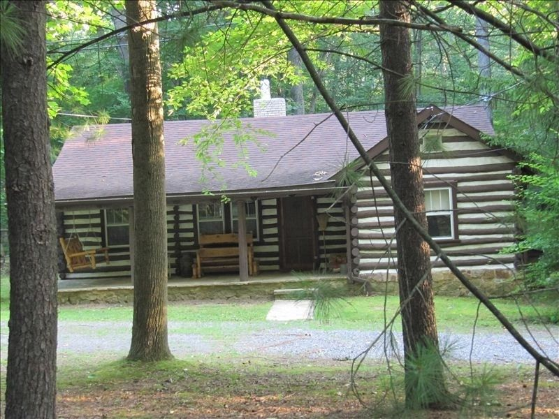 Fort Loudon Vacation Rental - VRBO 2052 - 2 BR Dutch Country