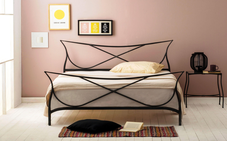 Standard, Handmade iron bed of blacksmith style