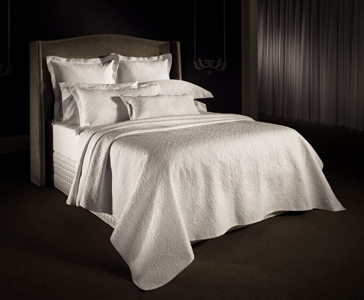 Lawlor White Intricated Quilted Bed Cover And Shams 300