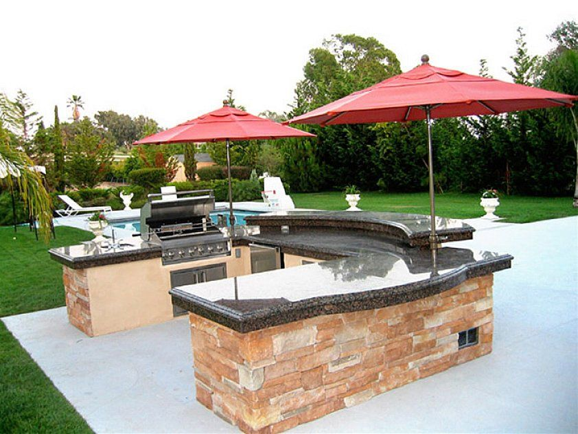 U shape outdoor kitchen design with granite countertop and for Outdoor kitchen without grill