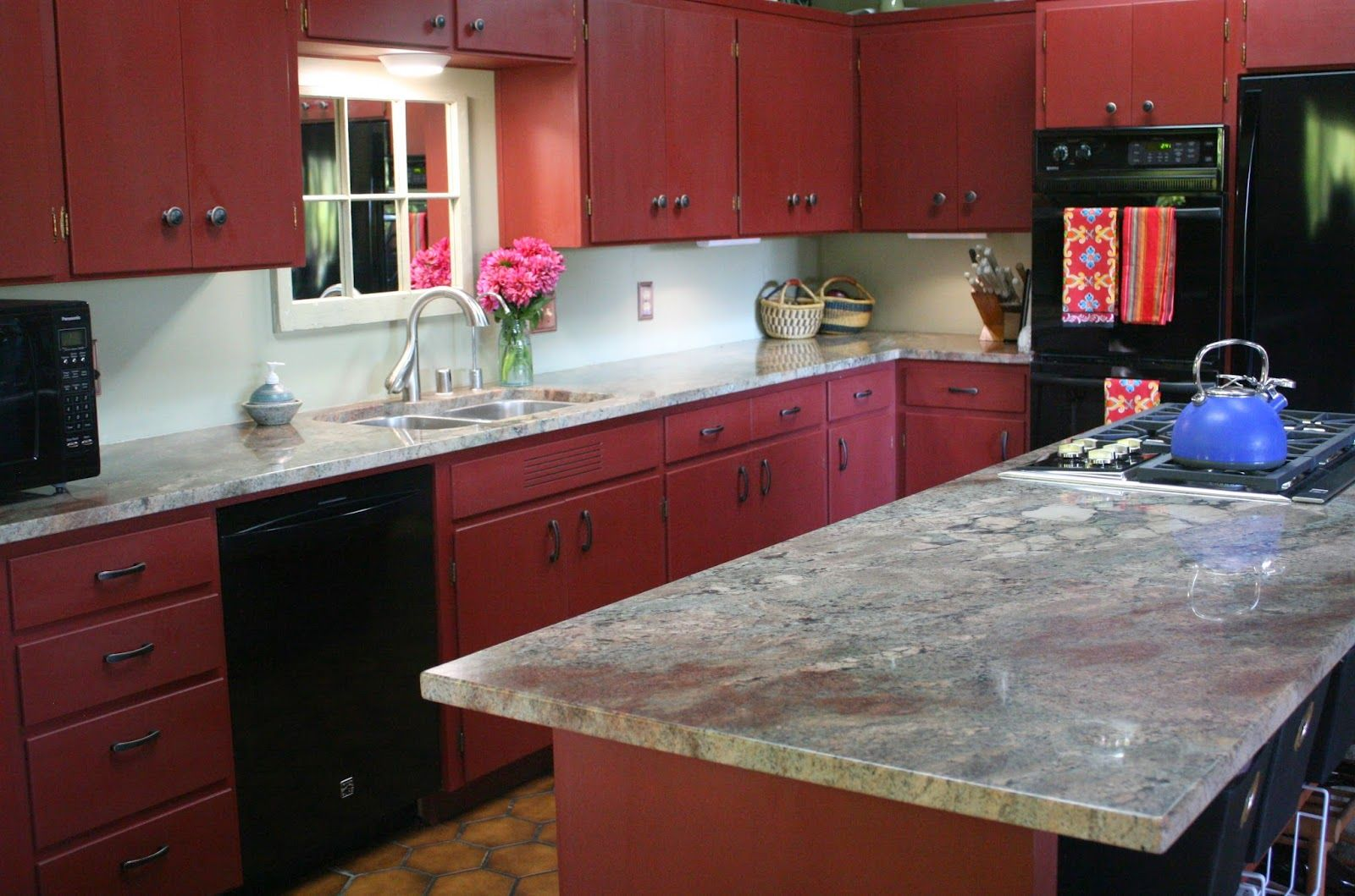 We Were Recently Hired To Paint Some Outdated Blonde Wood Cabinets The Homeowners Replaced Their Red Kitchen Decor Yellow Kitchen Decor Black Kitchen Decor