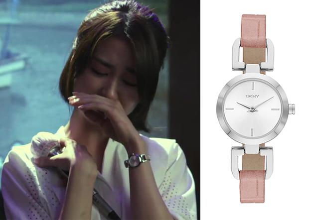 "Park Ha-Sun 박하선 in ""Temptation"" Episode 9. DKNY 'Reade' Embossed Leather Strap Watch #Kdrama #Temptation 유혹 #ParkHaSun"