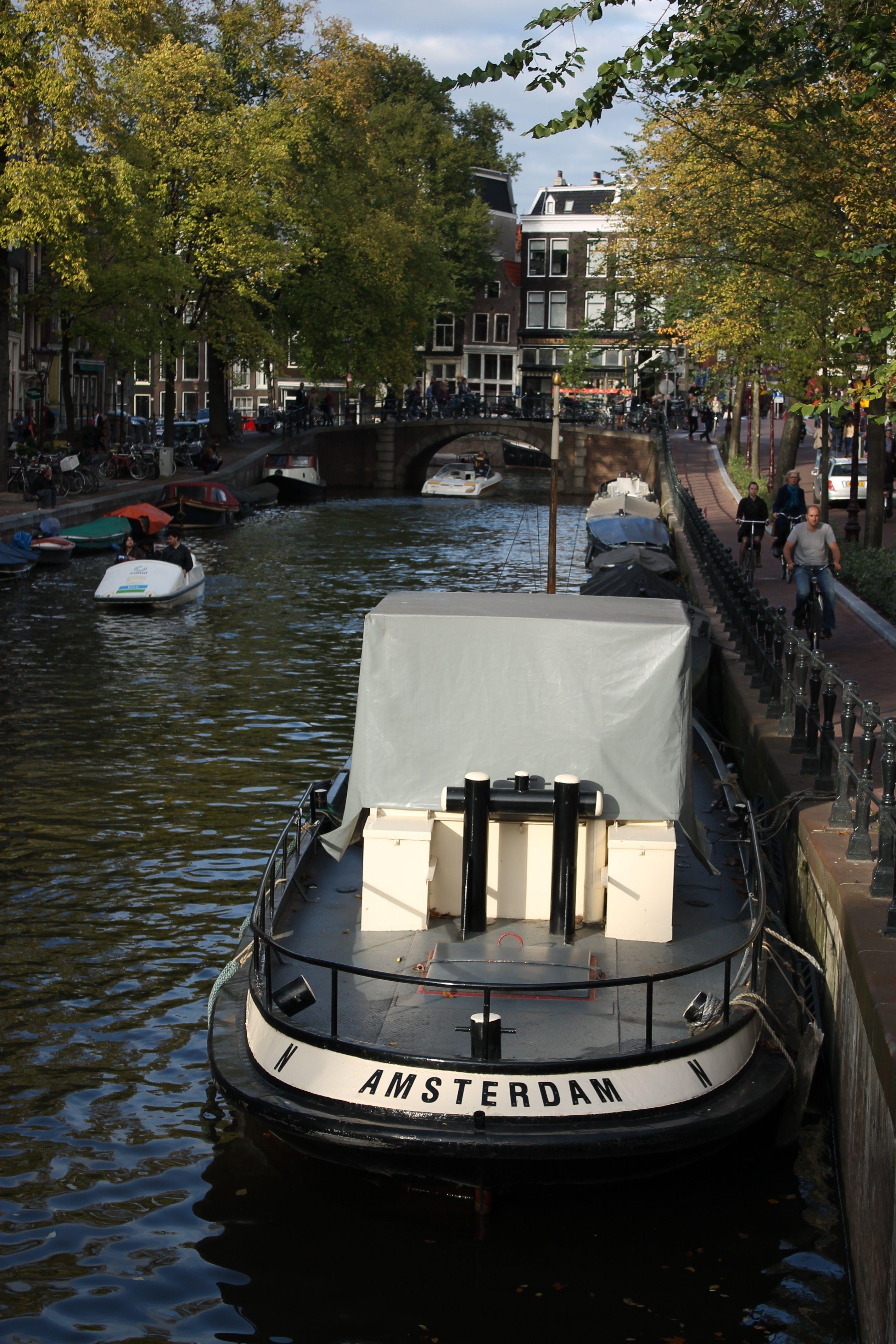 Amsterdam - by IljaEigenwijs