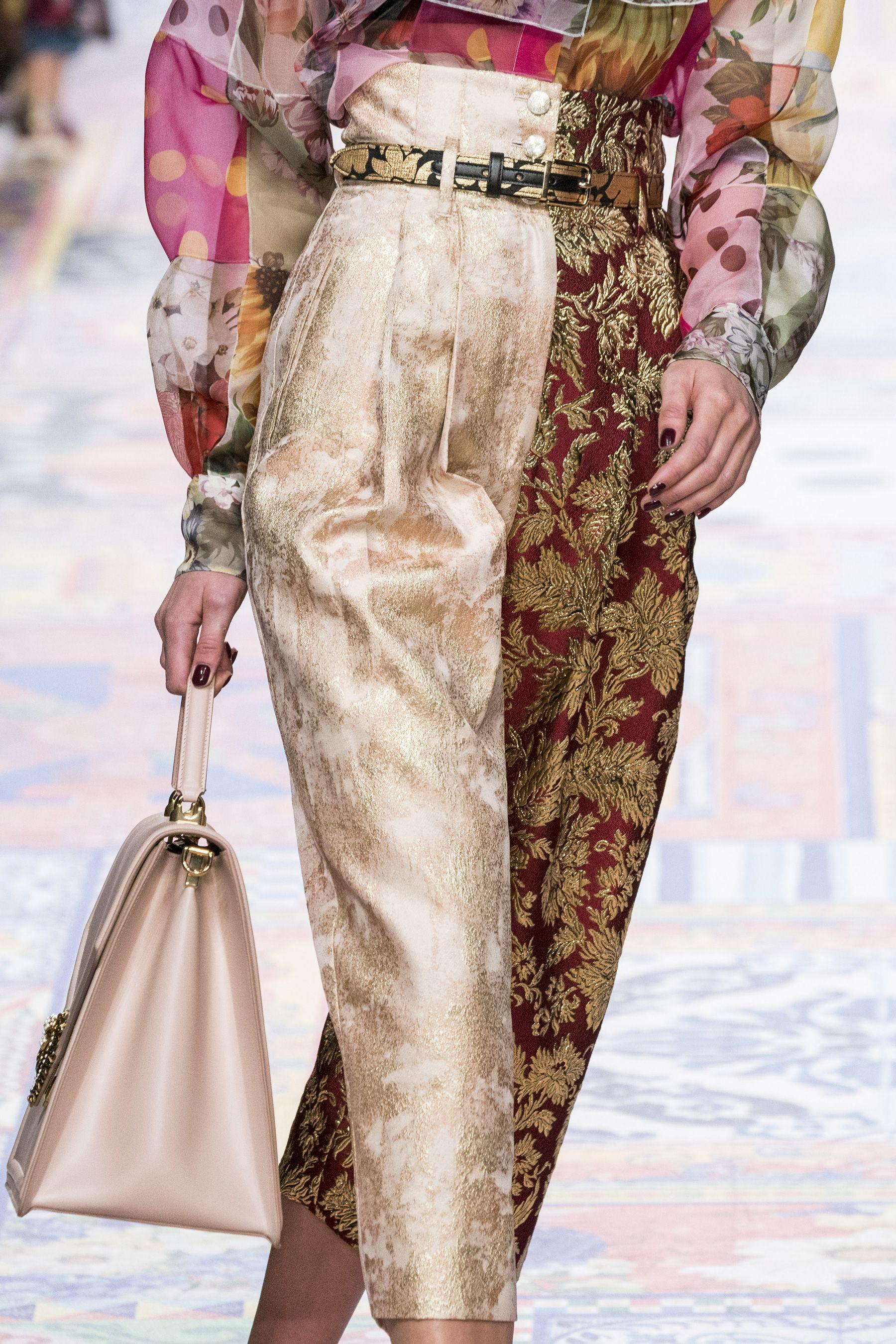 Dolce Gabbana Spring 2021 Fashion Show Details The Impression Fashion Fashion Figures Versace Fashion