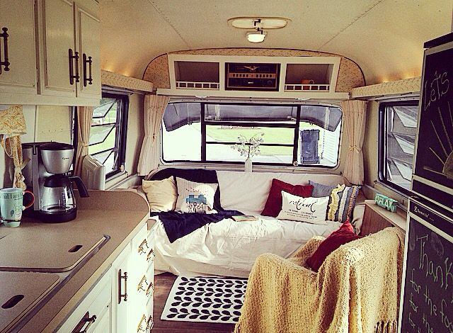 Avion Vintage Glamper Camper Like Airstream Makeover After Pic Of The Remodel Love The Layout
