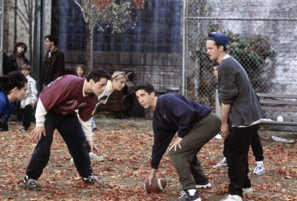 Friends ~ Episode Pics ~ Season 3, Episode 9: The One with